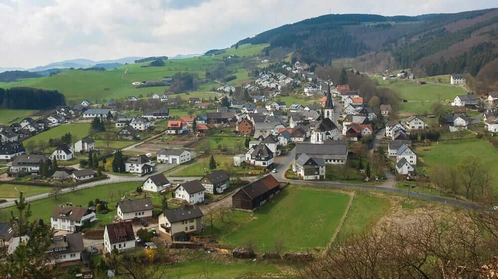 Schöne Orte im Sauerland Blick auf Düdinghausen