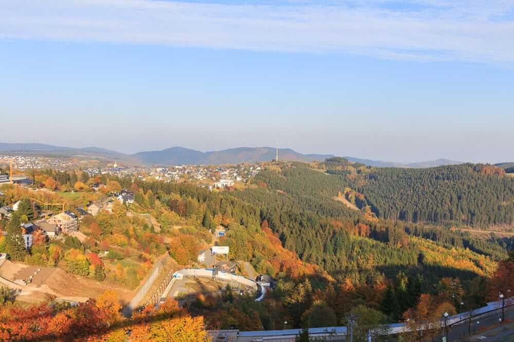 Die Aussicht vom Erlebnisberg Kappe in Winterberg