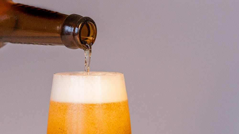 10 Bier Fakten, die du über das kühle Blonde wissen solltest