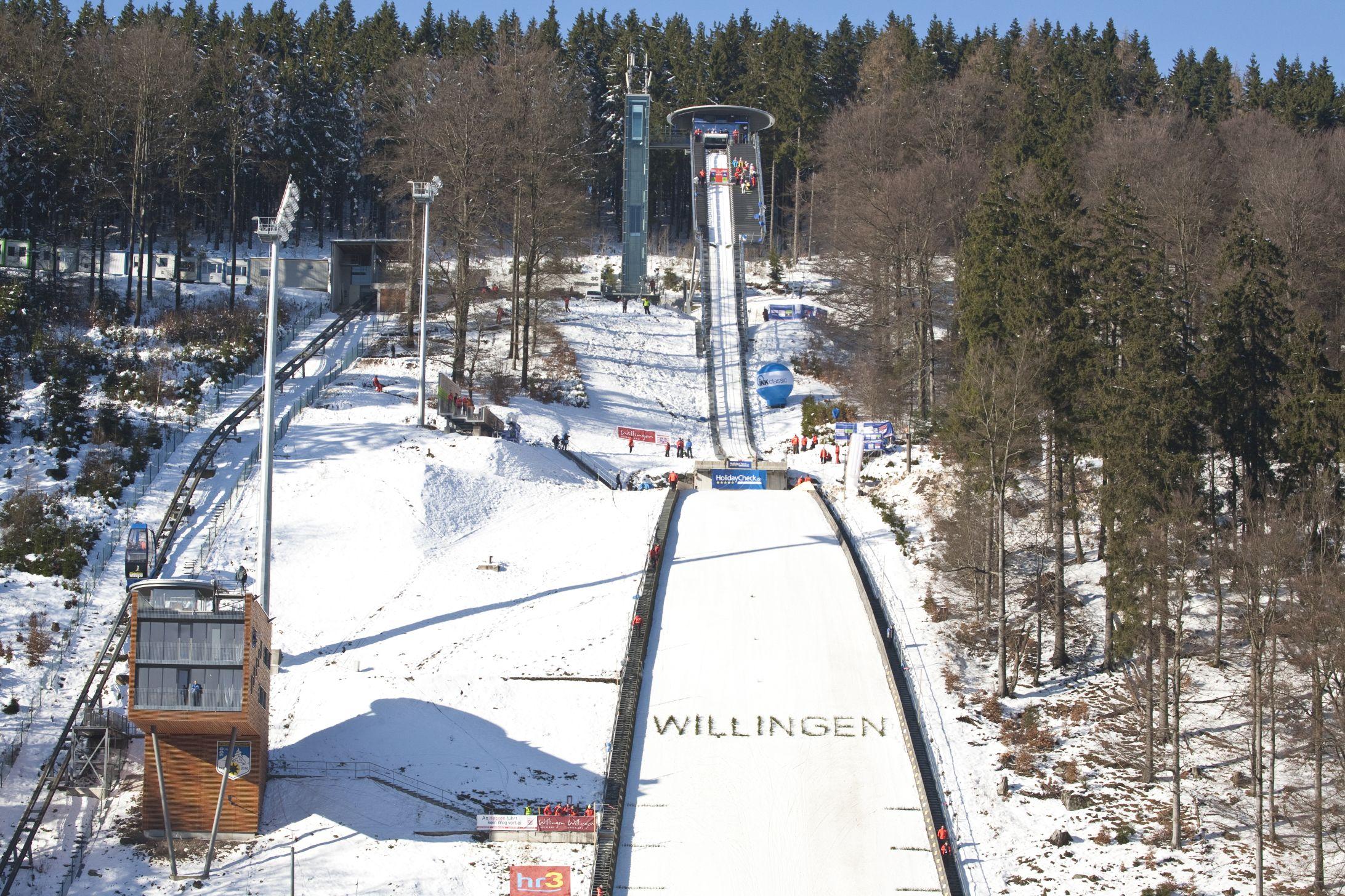 Blick auf die Mühlenkopfschanze beim FIS SkisprungWeltcup ©Tourist-Information Willingen