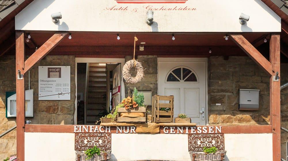 Der Eingang vom Hof Café in Sundern