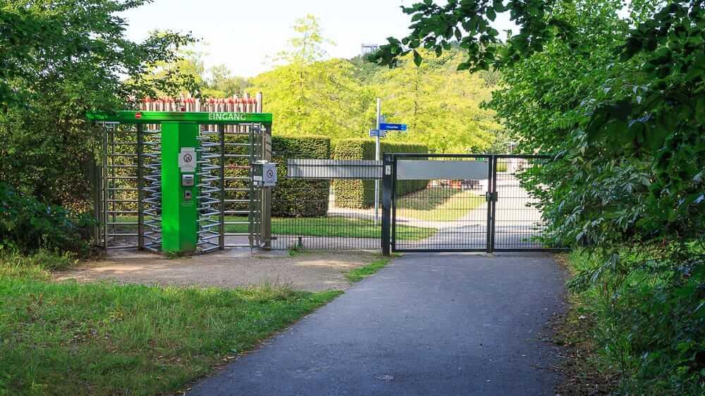 Zugang vom Sauerland Park vom Felsenmeer Hemer