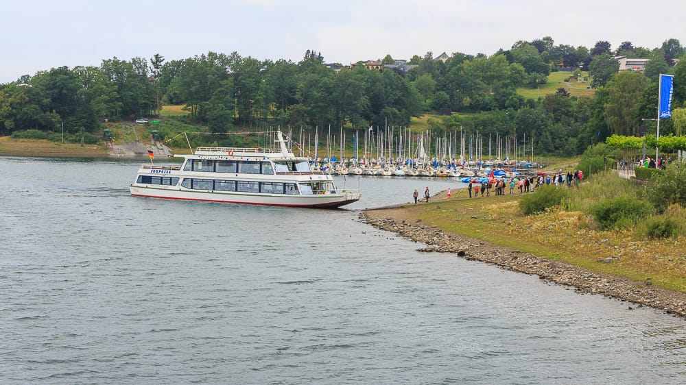 Personenschifffahrt im Sauerland mit der Ruhr Topcard